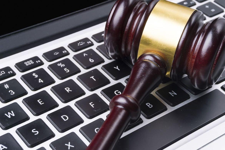 Blogindlæg om hvordan du gennem brugen af rettighedsfrie billeder kan undgå at bryde ophavsrettigheder